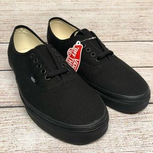 Vans NWT Off the Wall Low Tops